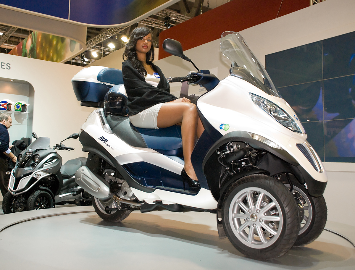 Piaggio MP3 on Ridin'Girls Blog